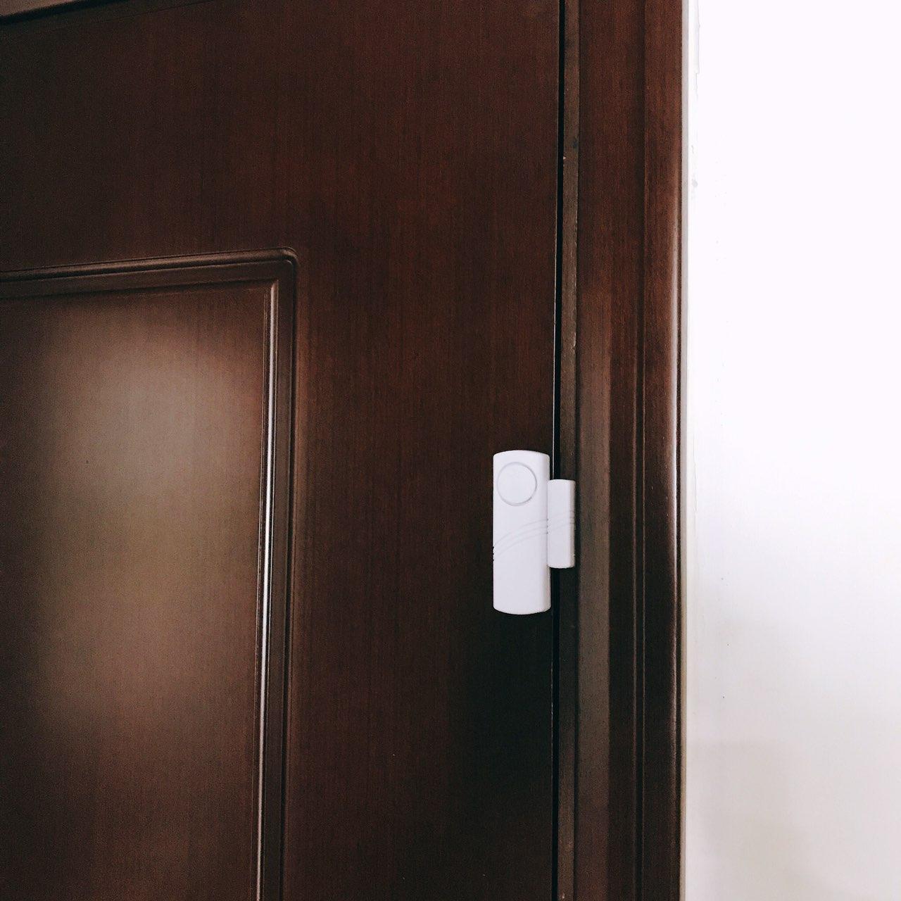 Báo động chống trộm gắn cửa